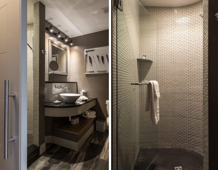 Poe - Bathroom