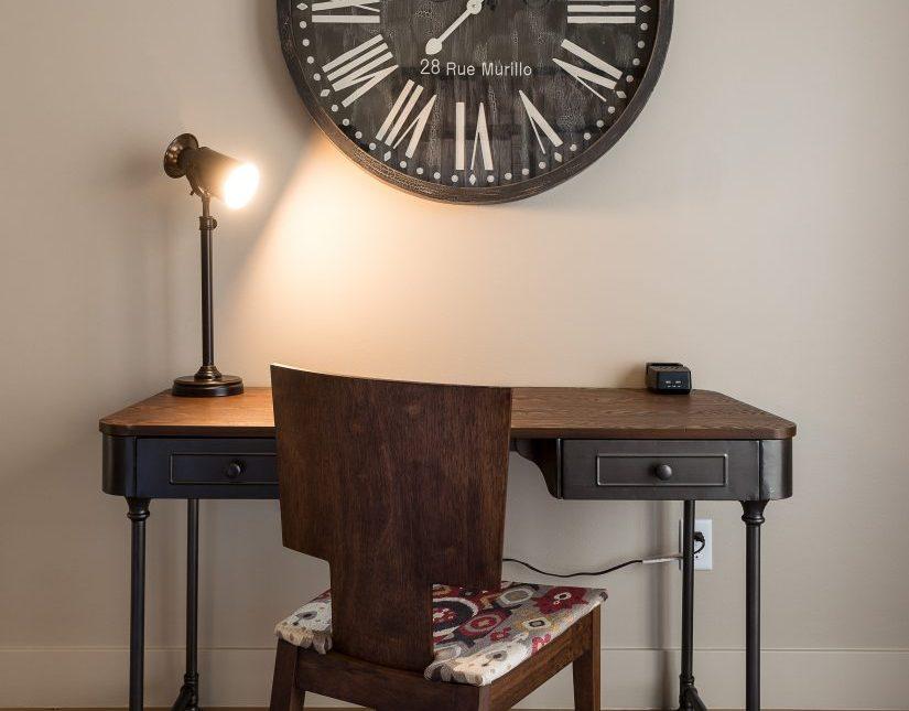 Faulkner - Desk