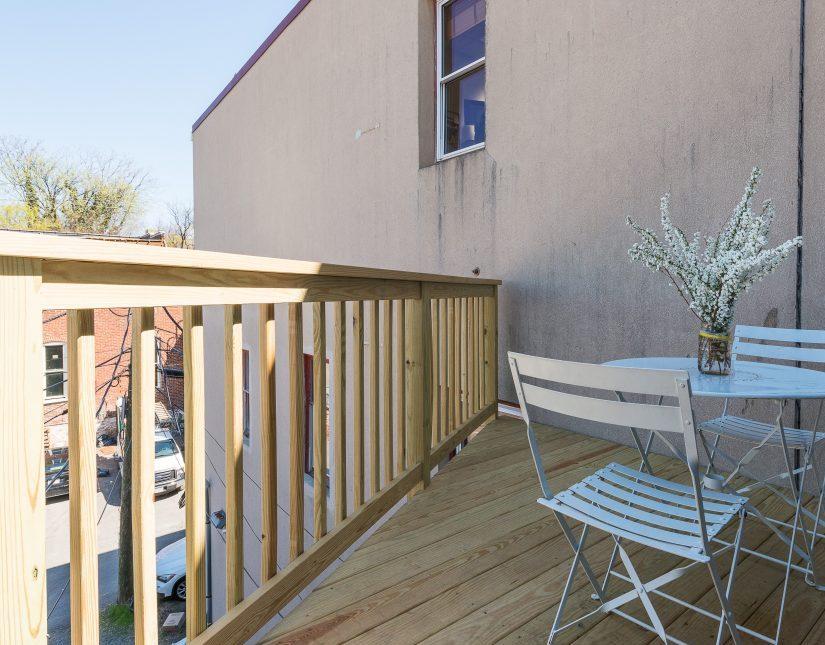 Faulkner - Porch