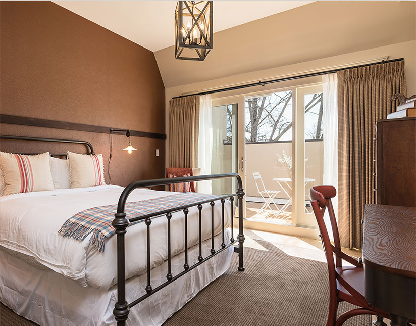 Secretariat - Bedroom